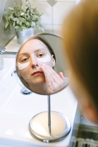 richtige Pflege gegen trockene Haut in der Schwangerschaft